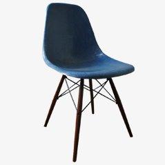 Blauer Vintage DSW Stuhl von Charles & Ray Eames für Vitra