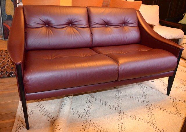 Poltrone Frau Vintage.Vintage Italian Dezza Two Seater Sofa By Gio Ponti For Poltrona Frau