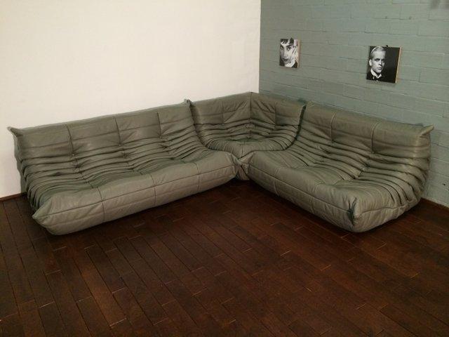togo ledersofa set in dunkelgrau von michel ducaroy f r ligne roset bei pamono kaufen. Black Bedroom Furniture Sets. Home Design Ideas
