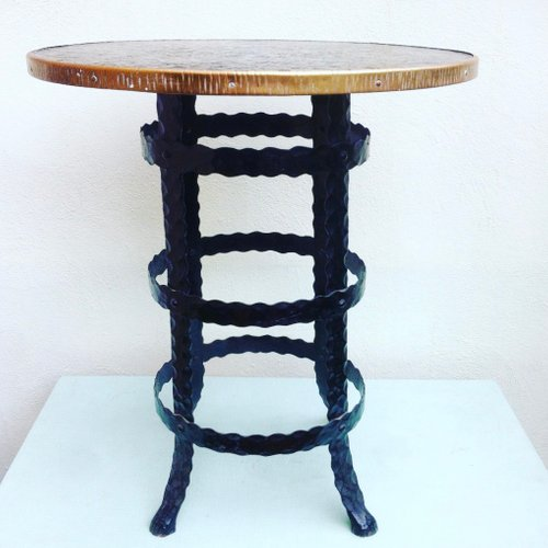 1950s American Mid Century Modern Small Round Top: Mid-Century Wrought Iron Round Side Table, 1950s For Sale