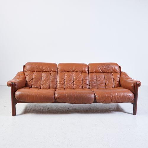 vintage 3 sitzer ledersofa mit teak gestell bei pamono kaufen. Black Bedroom Furniture Sets. Home Design Ideas