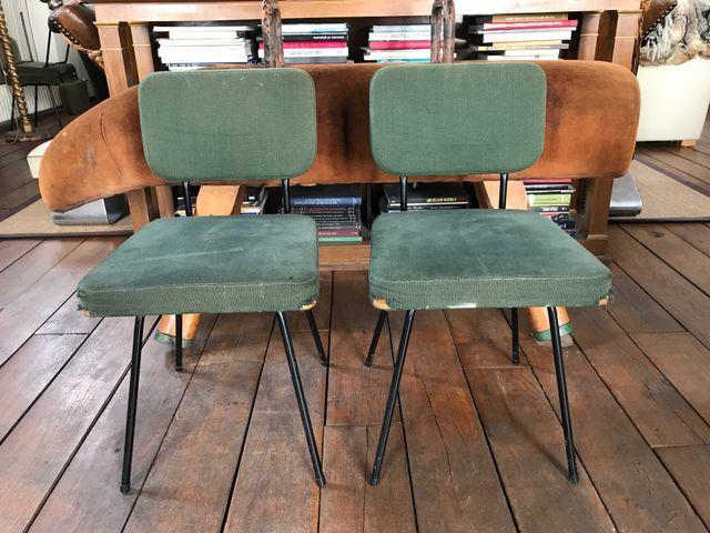 chaises d 39 appoint mid century par andr simard pour airborne set de 2 en vente sur pamono. Black Bedroom Furniture Sets. Home Design Ideas