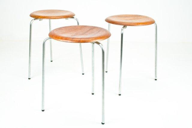 vintage dot hocker von arne jacobsen f r fritz hansen 3er set bei pamono kaufen. Black Bedroom Furniture Sets. Home Design Ideas