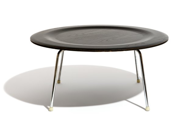 Vitra Chalres Eames : Ctm coffee table by ray & charles eames for vitra 1970s for sale at