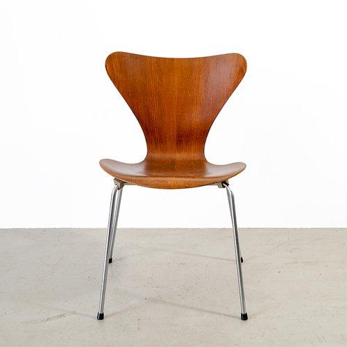 chaise mod le 3107 s rie 7 vintage par arne jacobsen pour fritz hansen en vente sur pamono. Black Bedroom Furniture Sets. Home Design Ideas