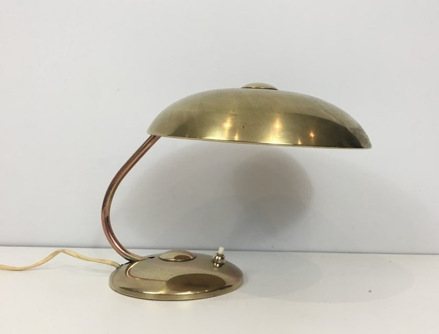 Petite lampe de bureau en laiton s en vente sur pamono