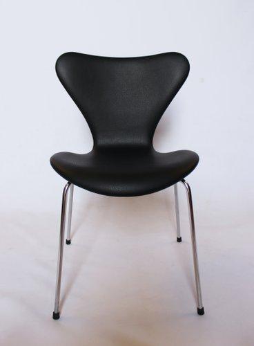 modell 3107 st hle aus schwarzem leder von arne jacobsen f r fritz hansen 1967 6er set bei. Black Bedroom Furniture Sets. Home Design Ideas