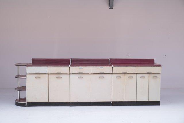 Set di mobili da cucina di Raymond Loewy, anni \'50 in vendita su Pamono