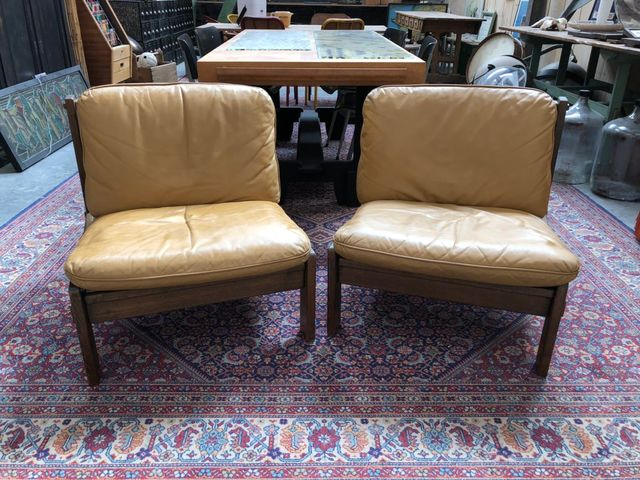 Vintage Danish Leather Lounge Chairs, Set Of 2 For Sale At Pamono