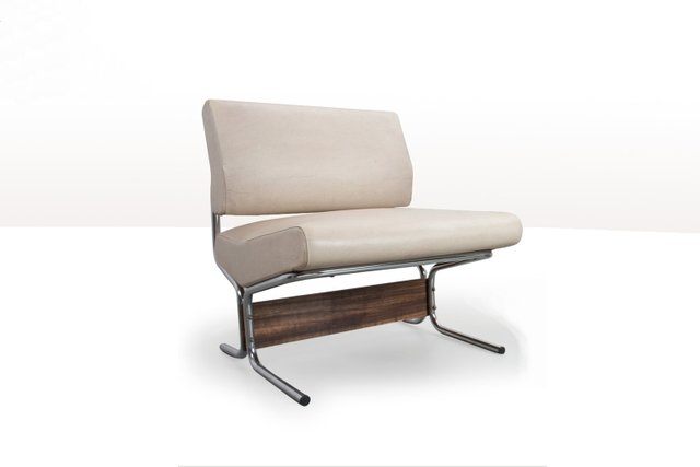 Harvink Spirit Fauteuil.White Faux Leather Lounge Chair By Pierre Guariche For Meurop 1960s