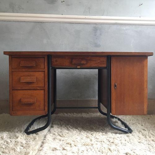 - Vintage Oak And Metal Desk For Sale At Pamono