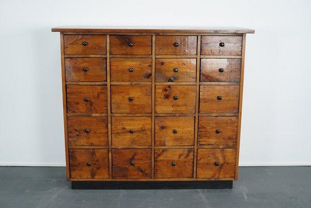 niederl ndischer apotheken oder schubladenschrank aus pinienholz 1940er bei pamono kaufen. Black Bedroom Furniture Sets. Home Design Ideas