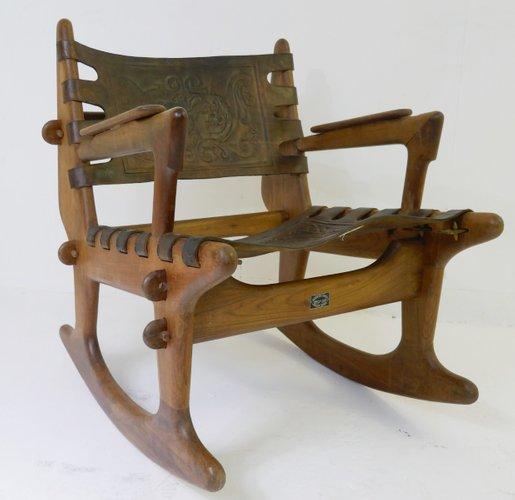 schaukelstuhl aus holz von angel i pazmino f r meubles de estilo 1960er bei pamono kaufen. Black Bedroom Furniture Sets. Home Design Ideas
