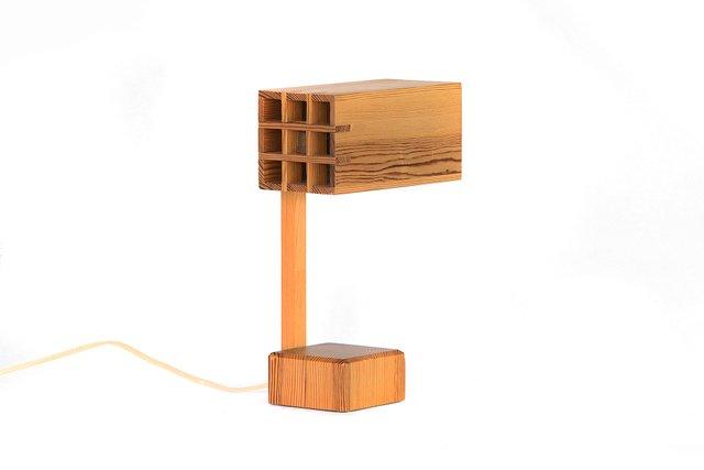 176052a4cc982 Adjustable Pine Table Lamp