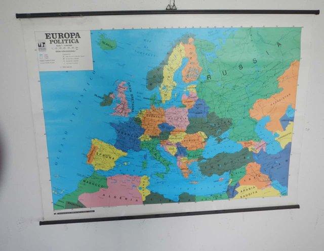 Cartina Europa.Carta Geografica Dell Europa Di Maniffatura Del Tiguglio Anni 80 In Vendita Su Pamono