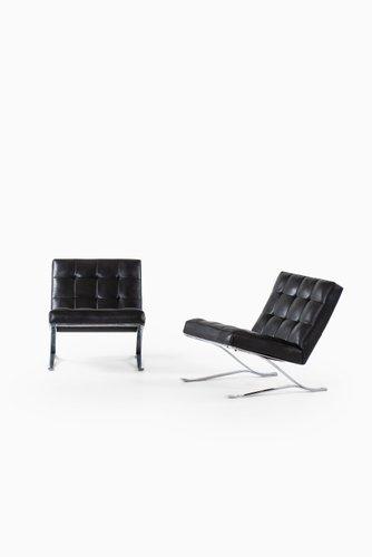 Poltrone Moderne In Pelle.Poltrone Moderne In Pelle E Acciaio Di Sam Larsson Per Dux