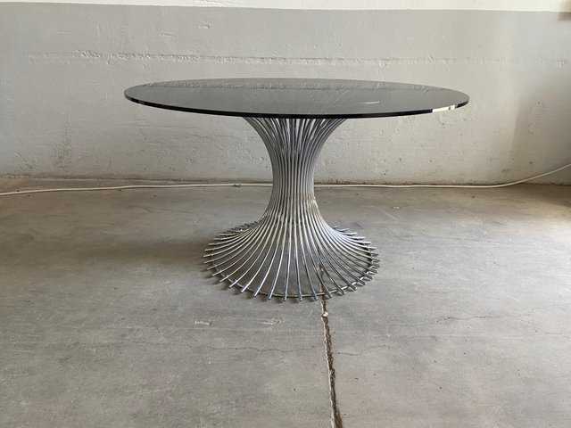Mid Century Italian Chrome Dining Table With Smoked Glass Top In The Style Of Platner 1970s Bei Pamono Kaufen