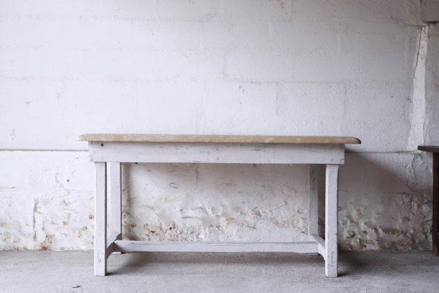 Tavolo Da Pranzo Vintage Con Ripiano In Pietra In Vendita Su Pamono
