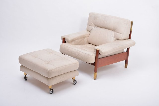 Mid Century Italian Beige Leather And Rosewood Model Sella Lounge Chair And Ottoman Set By Carlo De Carli For Luigi Sormani 1960s For Sale At Pamono