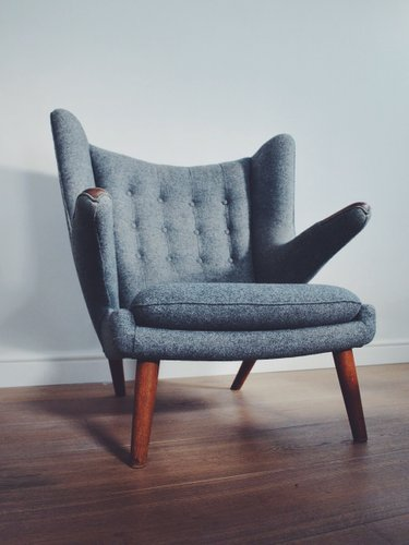 Lovely AP19 Papa Bear Chair By Hans Wegner For A.P.Stolen For Sale At Pamono
