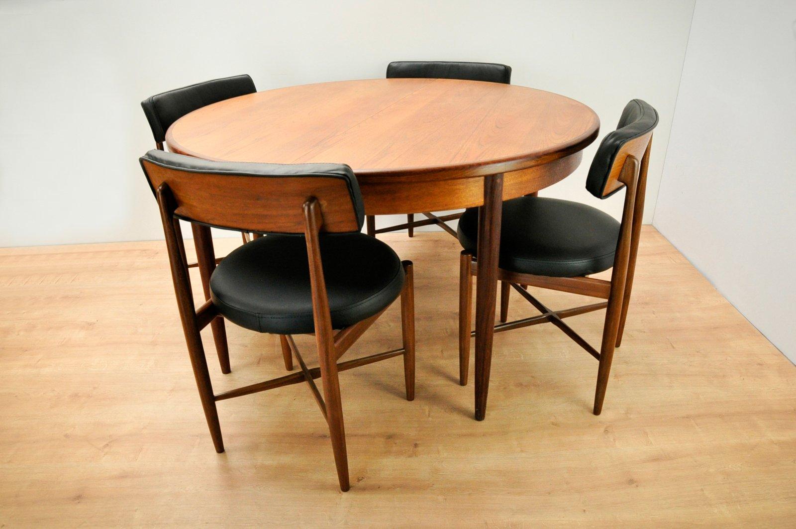 Esstisch und 4 Stühle von Ib Kofod-Larsen für G-Plan, 1960er