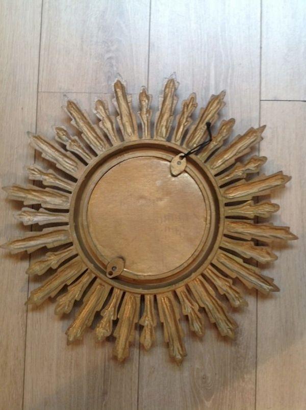 Specchio a forma di sole in resina color argento in vendita su pamono - Specchio a forma di sole ...