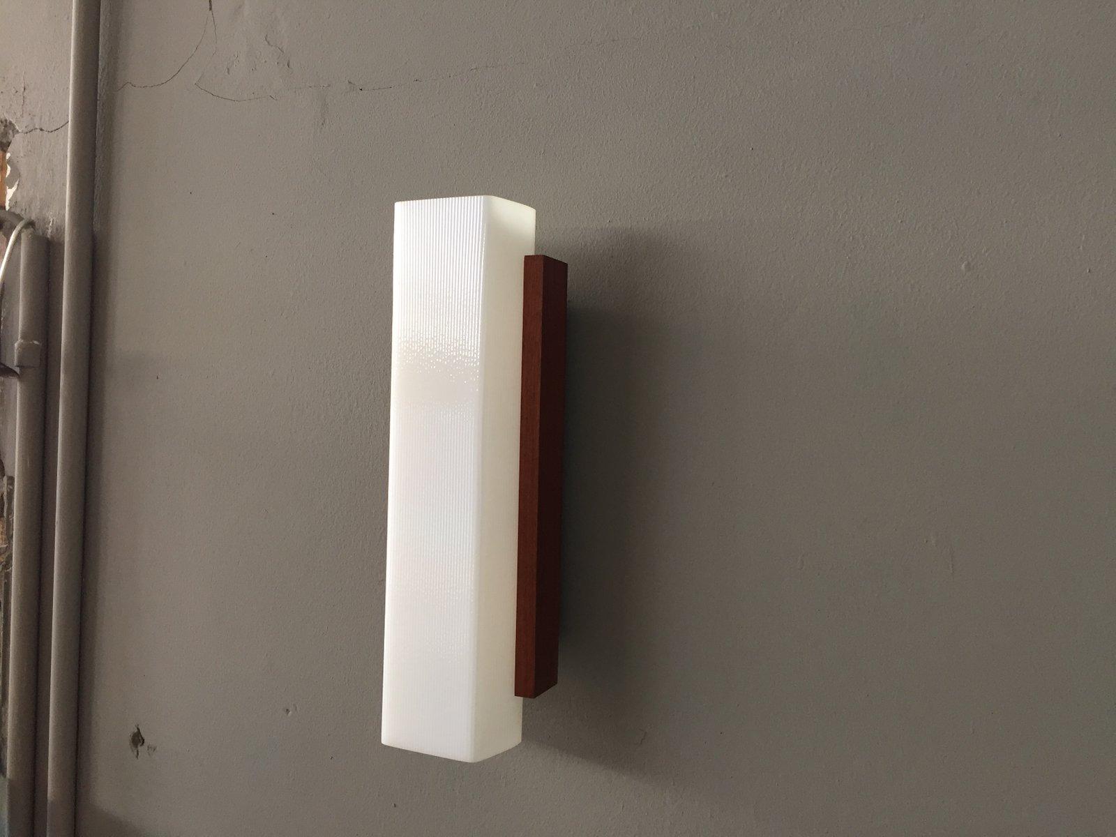 Plafoniere Da Parete In Legno : Kave home lampada da parete in legno tessuto metallo naturale