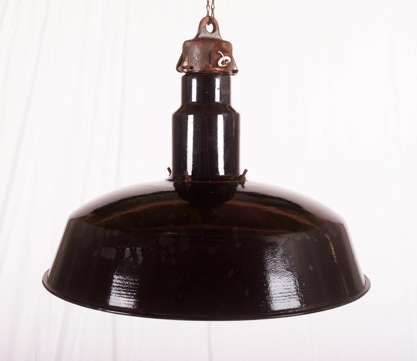 Große Emaillierte Tschechische Industrie Deckenlampe, 1960er
