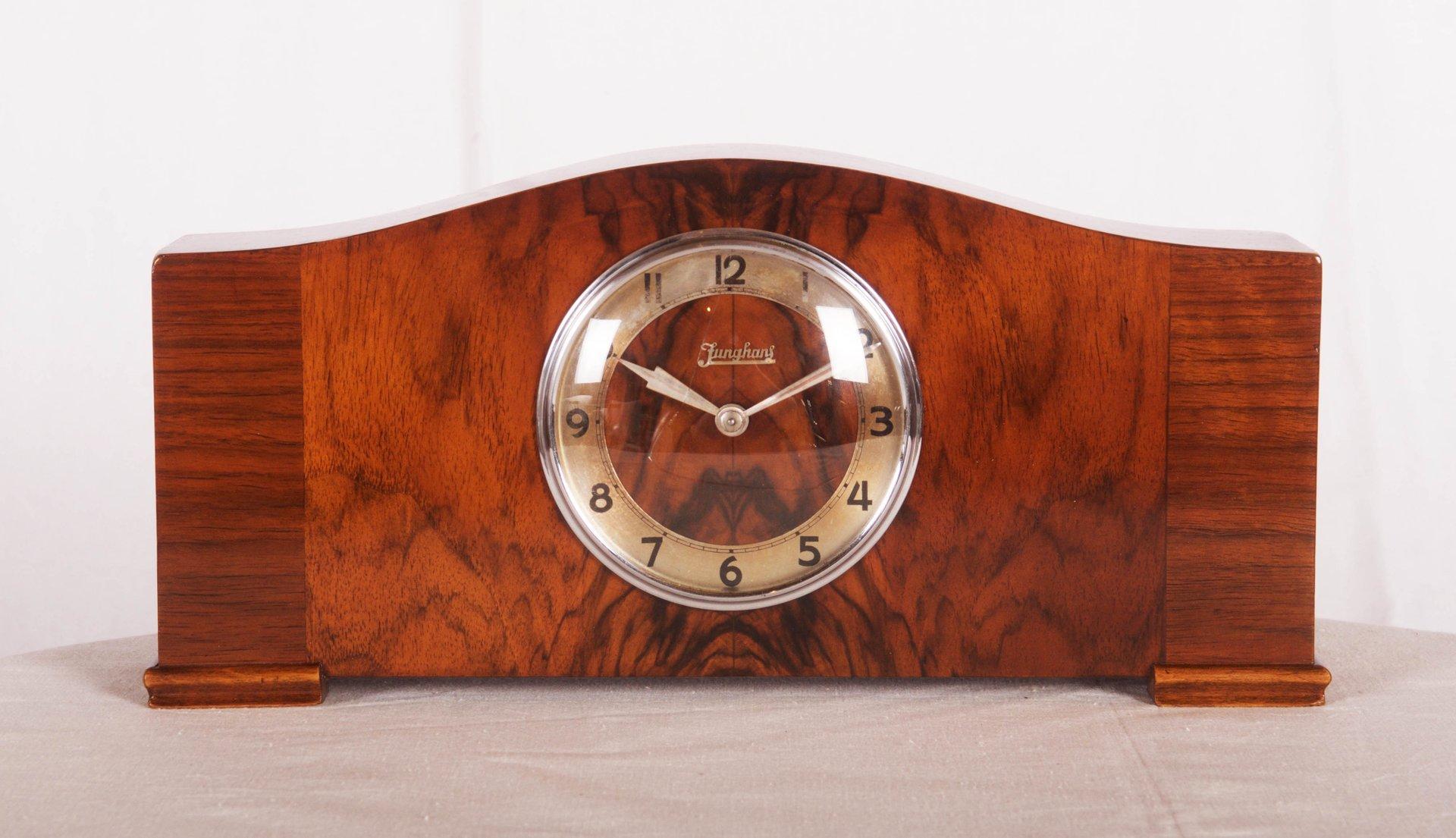 Horloge de Cheminée Art Déco par Junghans, 1930s en vente sur Pamono