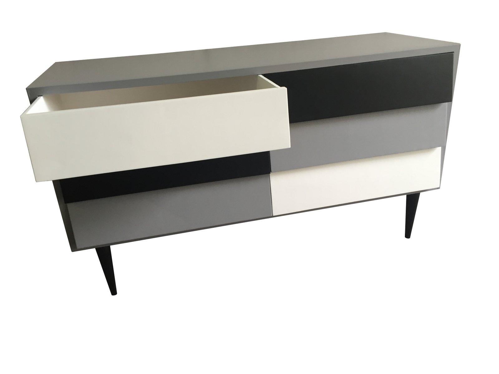 commode noir gris et blanc 1950s en vente sur pamono. Black Bedroom Furniture Sets. Home Design Ideas