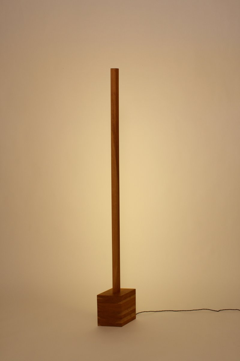 Line Light aus Kirschholz von Noah Spencer für Fort Makers