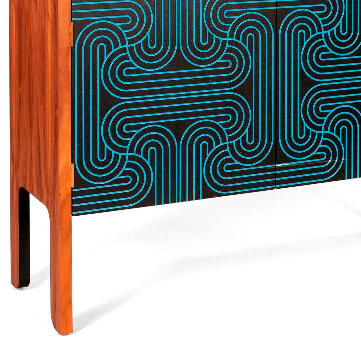 loop kabinett mit 4 t ren von coucou manou bei pamono kaufen. Black Bedroom Furniture Sets. Home Design Ideas