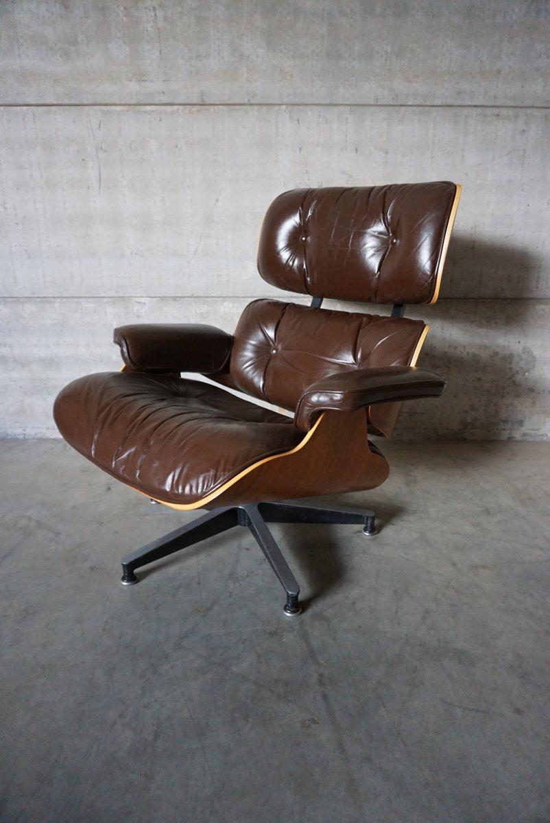 Amerikanischer Modell 670 Lounge Sessel aus Nussholz, Aluminium & Lede...