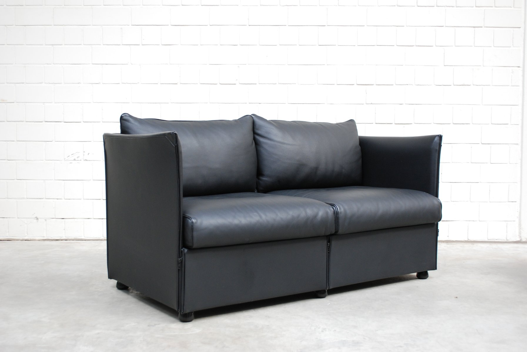 modell landeau ledersofa von mario bellini f r cassina 1976 bei pamono kaufen. Black Bedroom Furniture Sets. Home Design Ideas