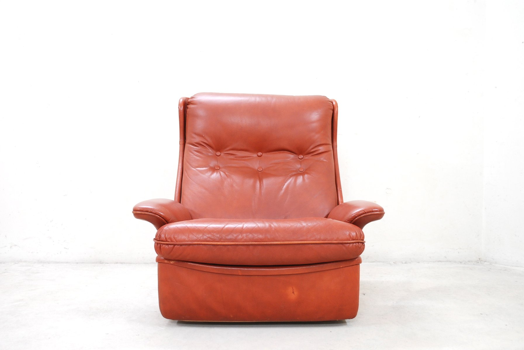 Red Leather Lounge Chairs And Ottoman From Airborne For Sale At Pamono