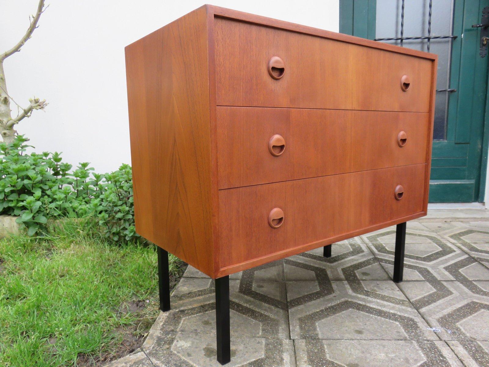 commode en teck avec trois tiroirs danemark 1960s en vente sur pamono. Black Bedroom Furniture Sets. Home Design Ideas