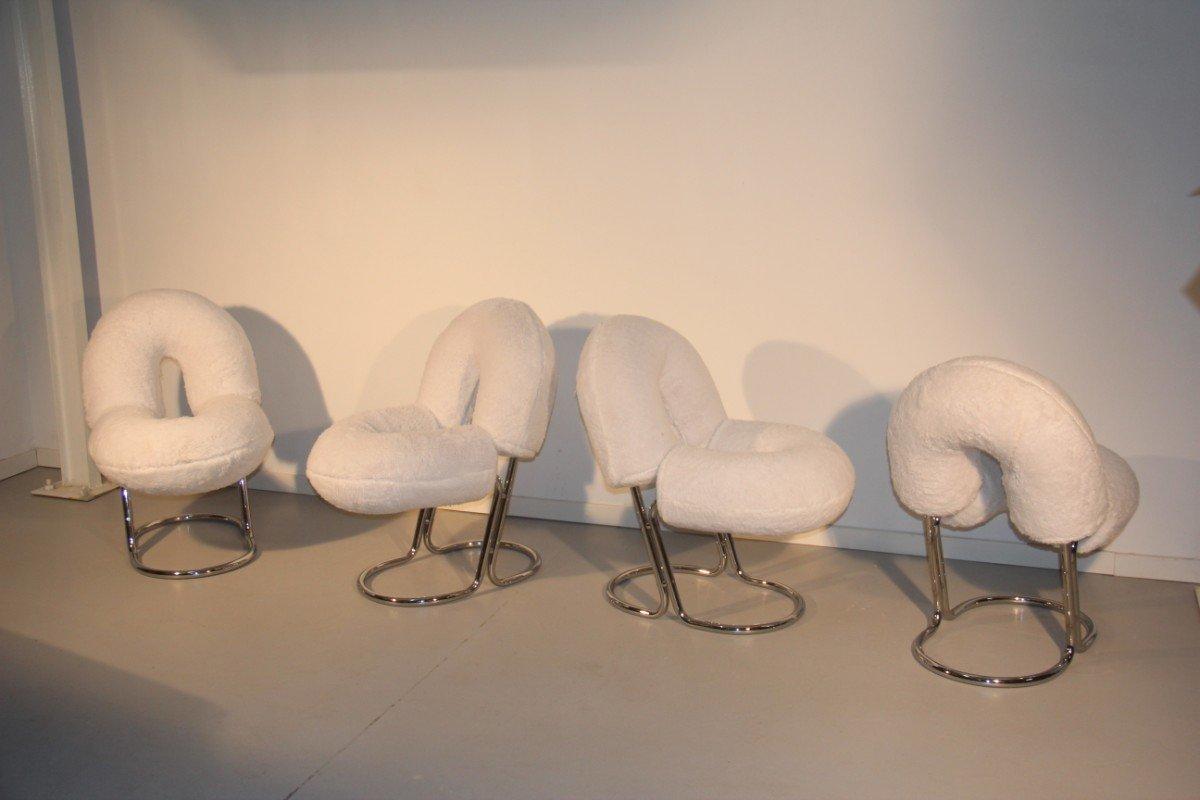 Italienische Plüsch Stühle, 1970er, 4er Set bei Pamono kaufen