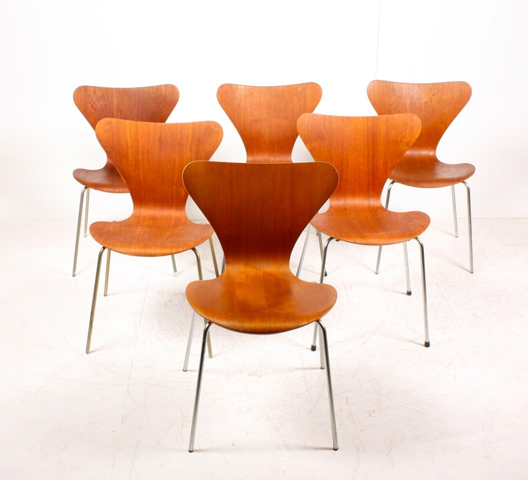 Danish Series 7 Teak Dining Chairs By Arne Jacobsen For
