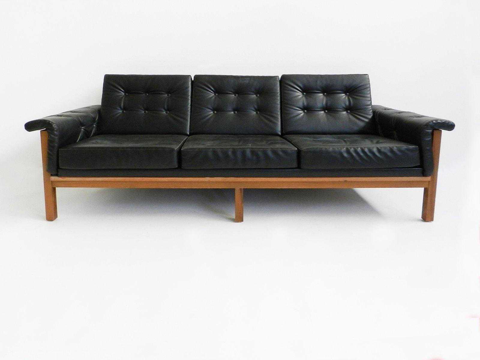 Schwarzes Dänisches Mid-Century Skai Drei-Sitzer Sofa