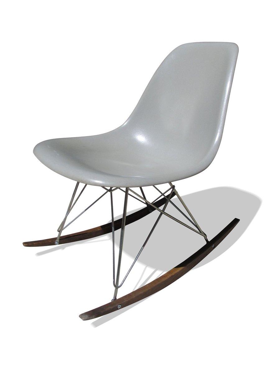 Grauer Schaukelstuhl Von Charles U0026 Ray Eames Für Herman Miller, 1960er