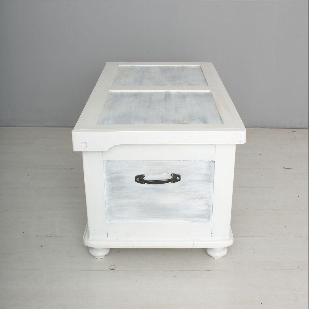 wei e truhe aus holz 1930er bei pamono kaufen. Black Bedroom Furniture Sets. Home Design Ideas