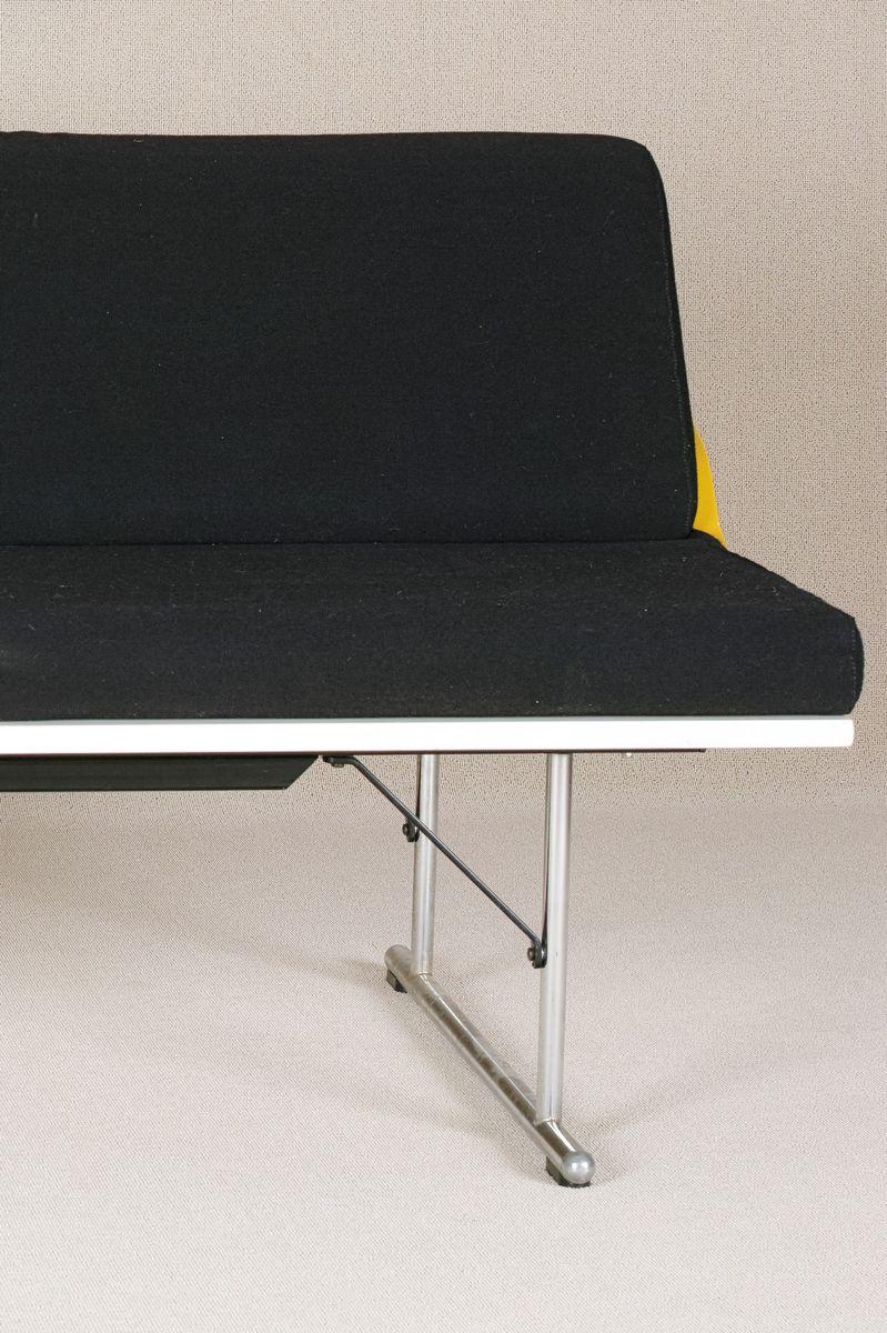 canap trois places experiment par yrj kukkapuro pour. Black Bedroom Furniture Sets. Home Design Ideas