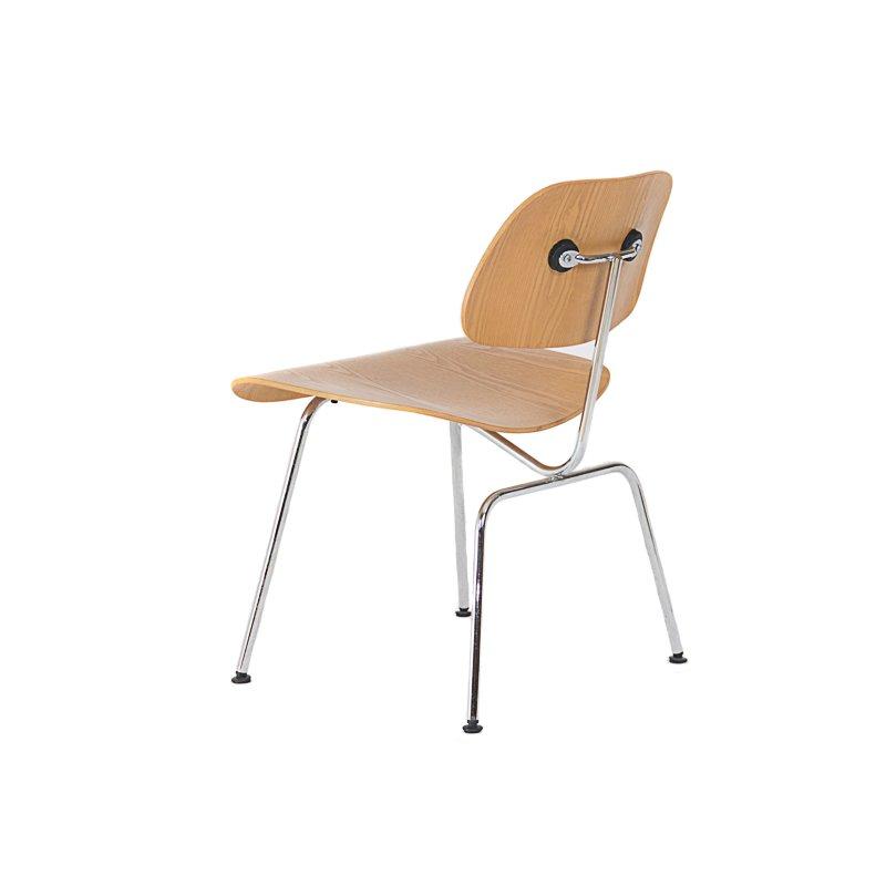 chaises mod le dcm par charles et ray eames pour vitra set de 2 en vente sur pamono. Black Bedroom Furniture Sets. Home Design Ideas