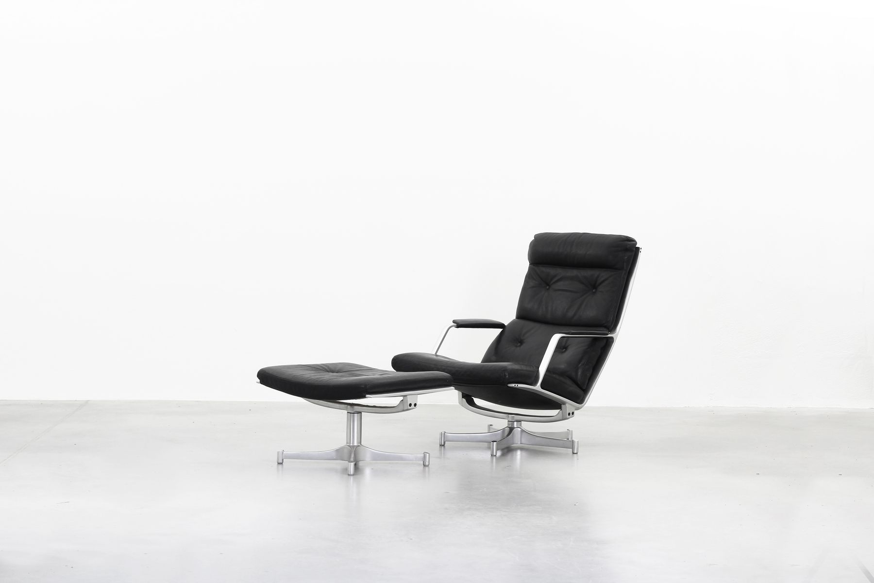 Fk85 Lounge Chair Ottoman Set By Fabricius Kastholm For Kill International 1968