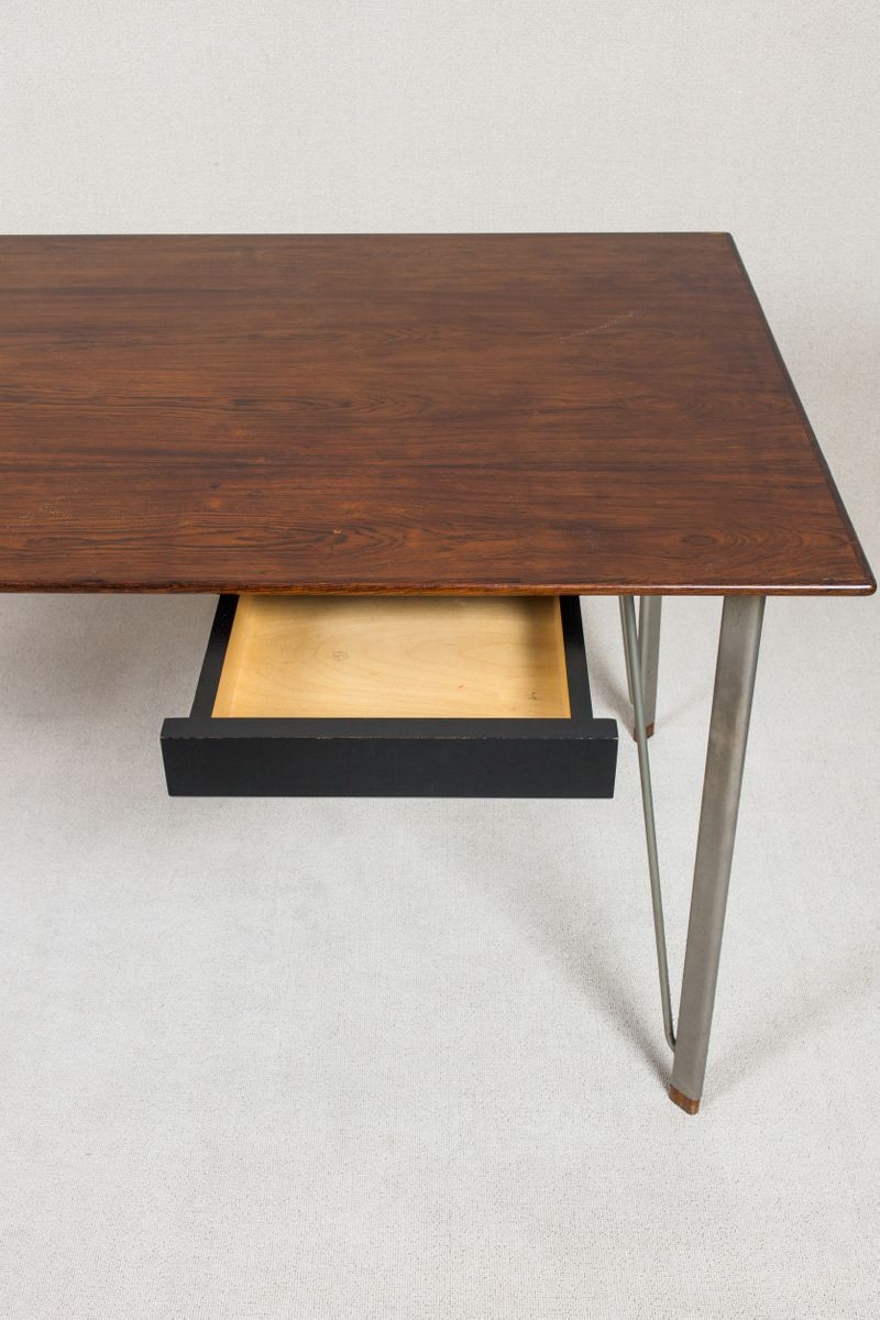mid century fh3605 schreibtisch von arne jacobsen f r. Black Bedroom Furniture Sets. Home Design Ideas