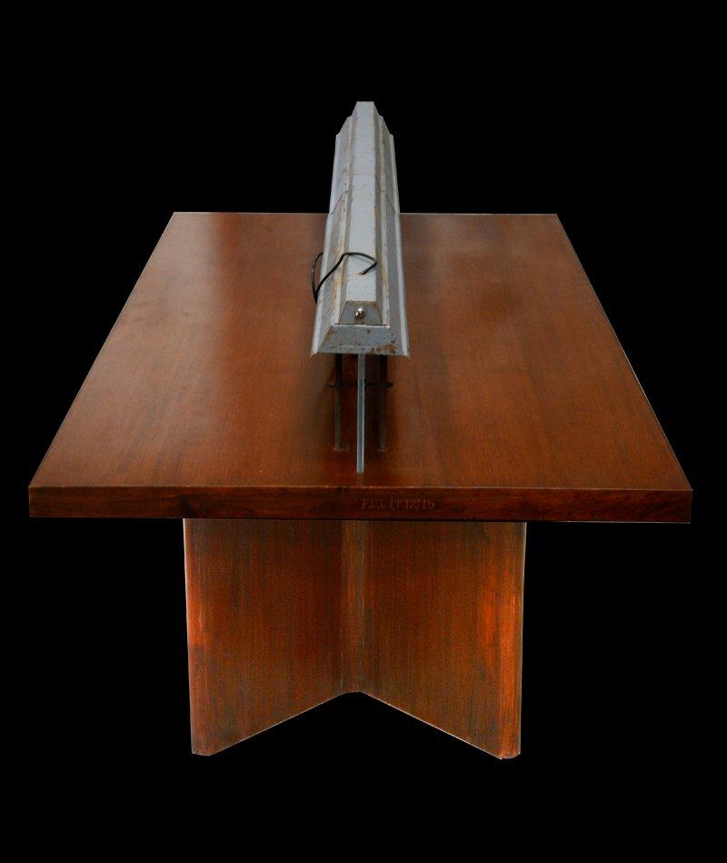 longue table de biblioth que indienne avec lampe par pierre jeanneret 1966 en vente sur pamono. Black Bedroom Furniture Sets. Home Design Ideas