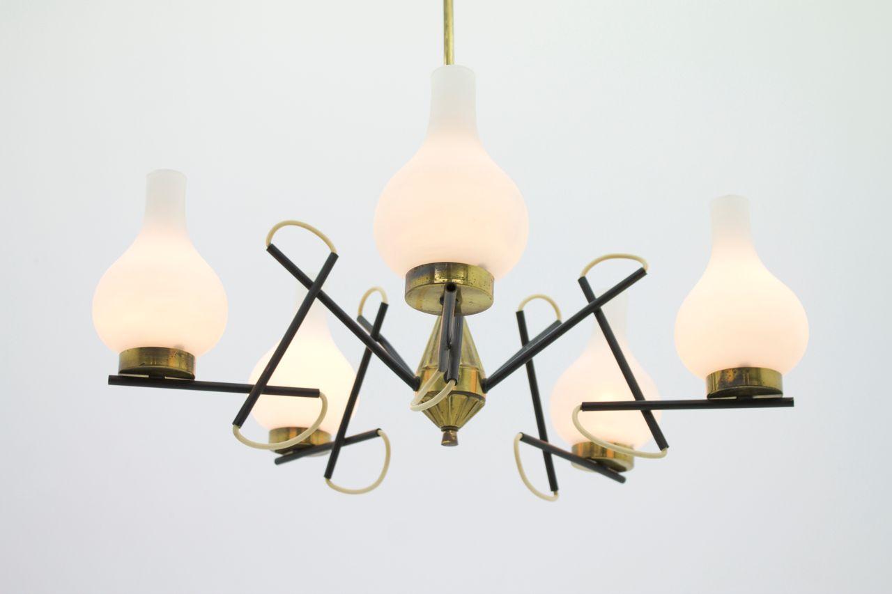 italienischer messing glas kronleuchter 1960er bei. Black Bedroom Furniture Sets. Home Design Ideas