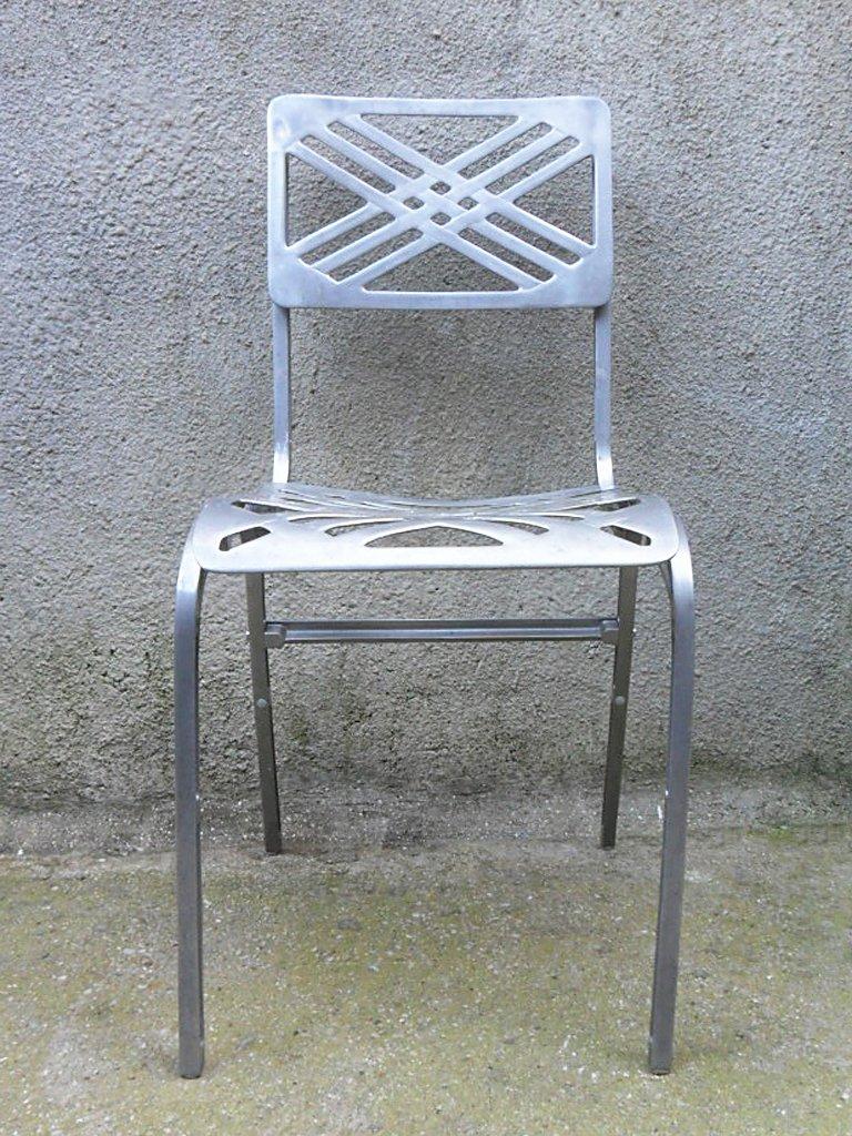 franz sischer aluminium gartenstuhl von slavik f r galerie alumine 1980er bei pamono kaufen. Black Bedroom Furniture Sets. Home Design Ideas