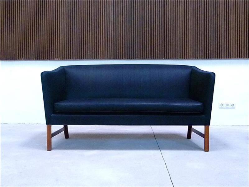 canap deux places par ole wanscher pour a j iversen. Black Bedroom Furniture Sets. Home Design Ideas