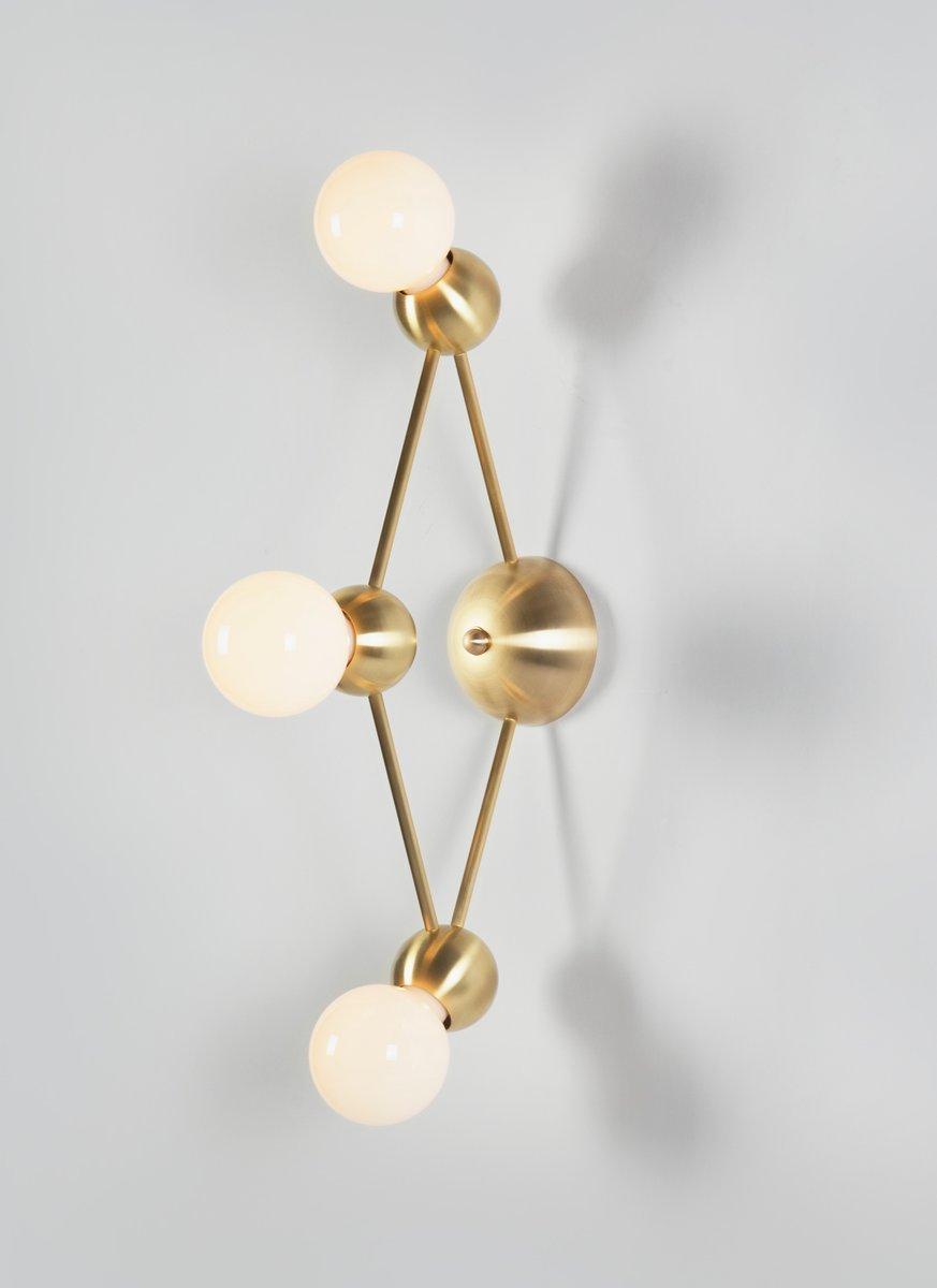 Lina 03-Light Rauten Wandlampe von Rosie Li